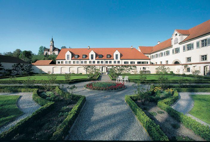 Schloss Maurach, Barockgarten