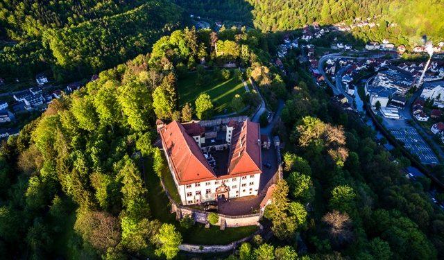 Schloss Neuenbürg im nördlichen Schwarzwald, (c) Schloss Neuenbürg