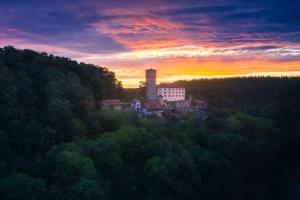Burg Guttenberg-Oliver-Helmstädter